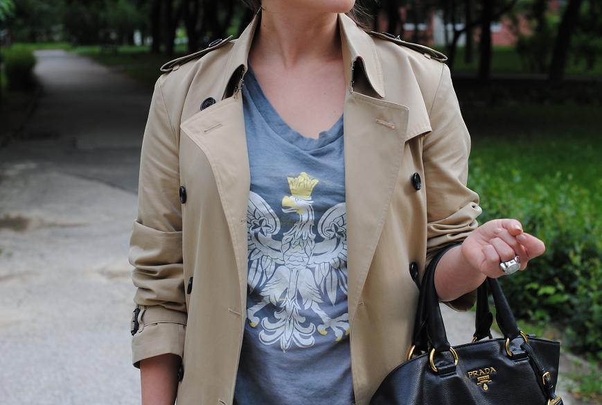 2b7a12094 T-shirt z orłem – Fashionelka.pl – blog
