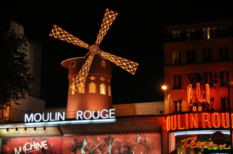 moulin-rouge-nocą