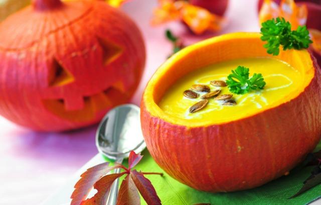 zupa dyniowa halloween