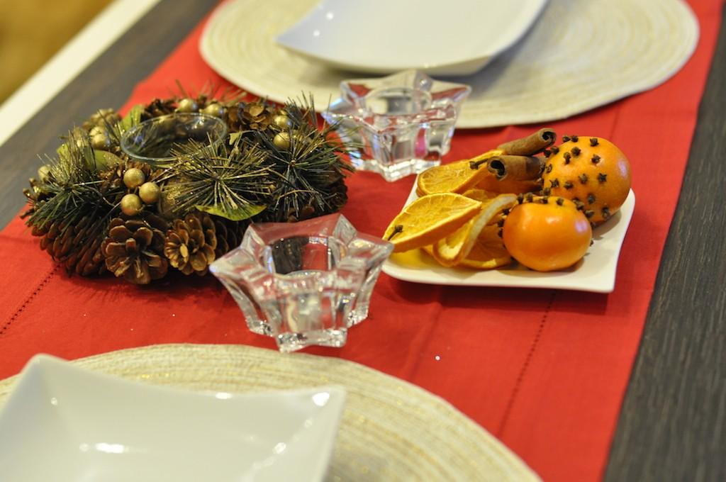 stroik na świątecznym stole