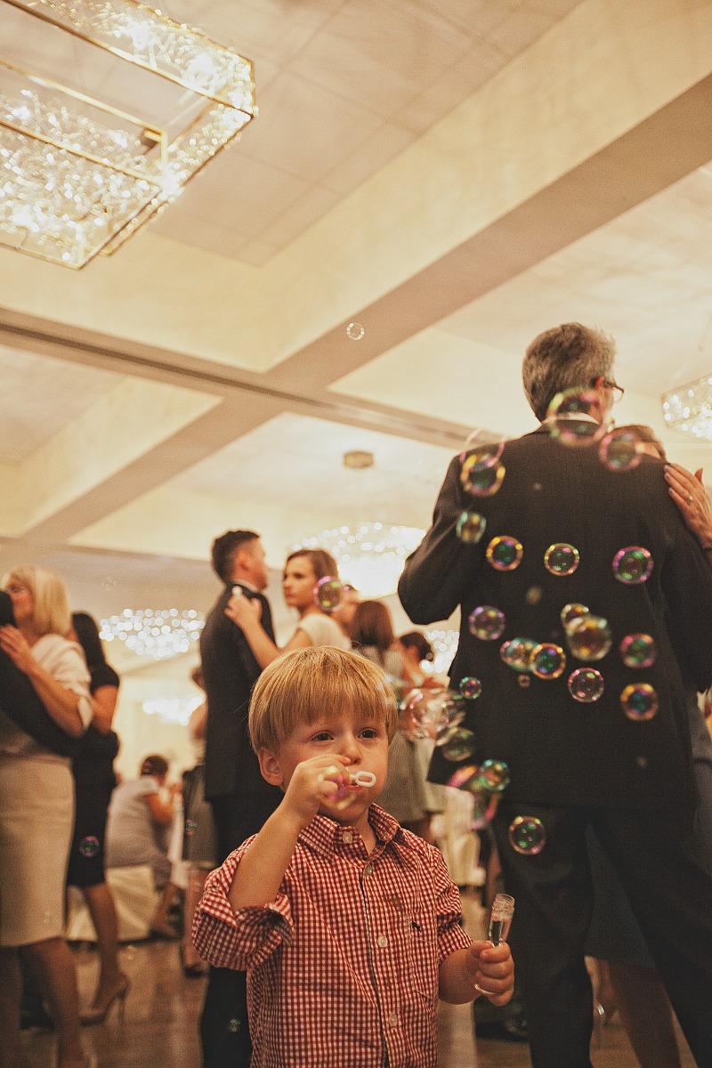 bańki mydlane na weselu dzieci