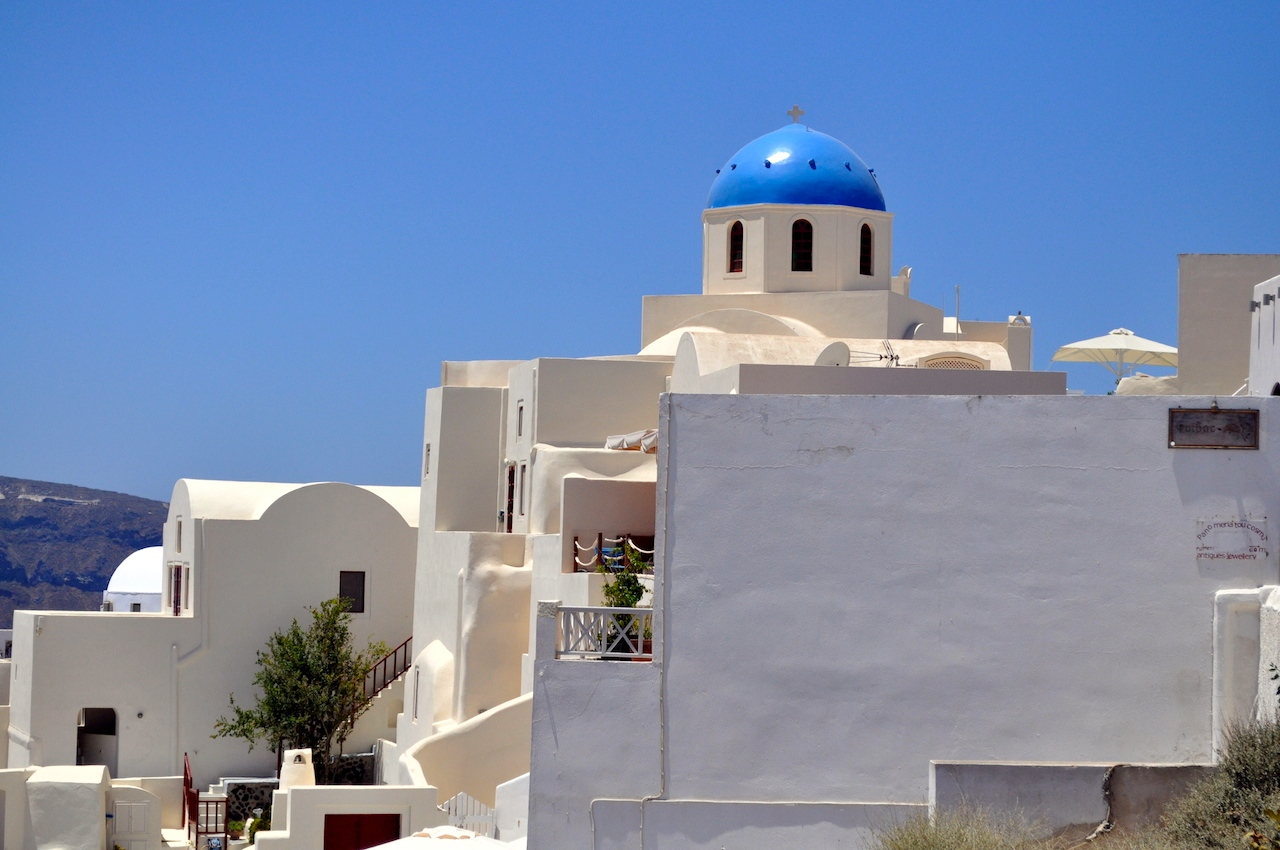 Santorini błękitne kopuły