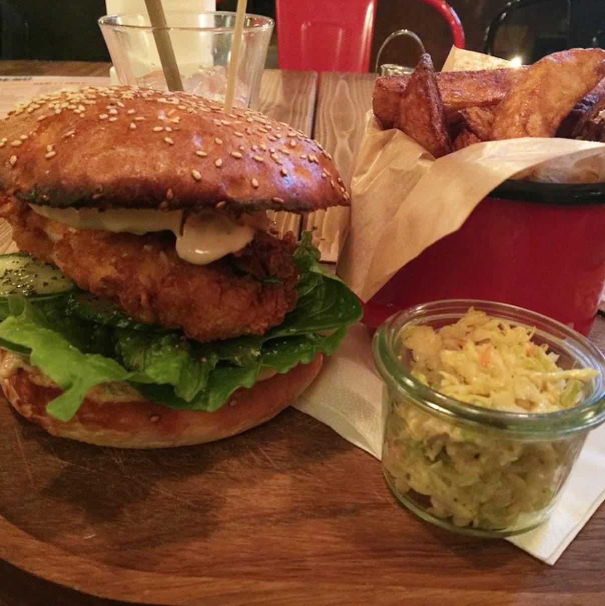 burger stół i wół