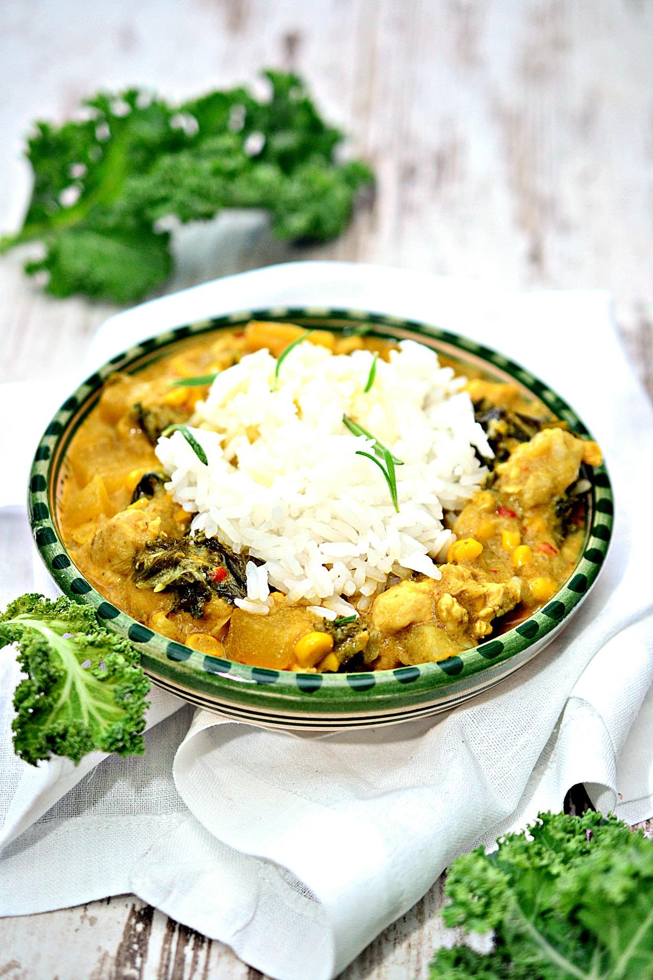 curry z dyni i jarmużu