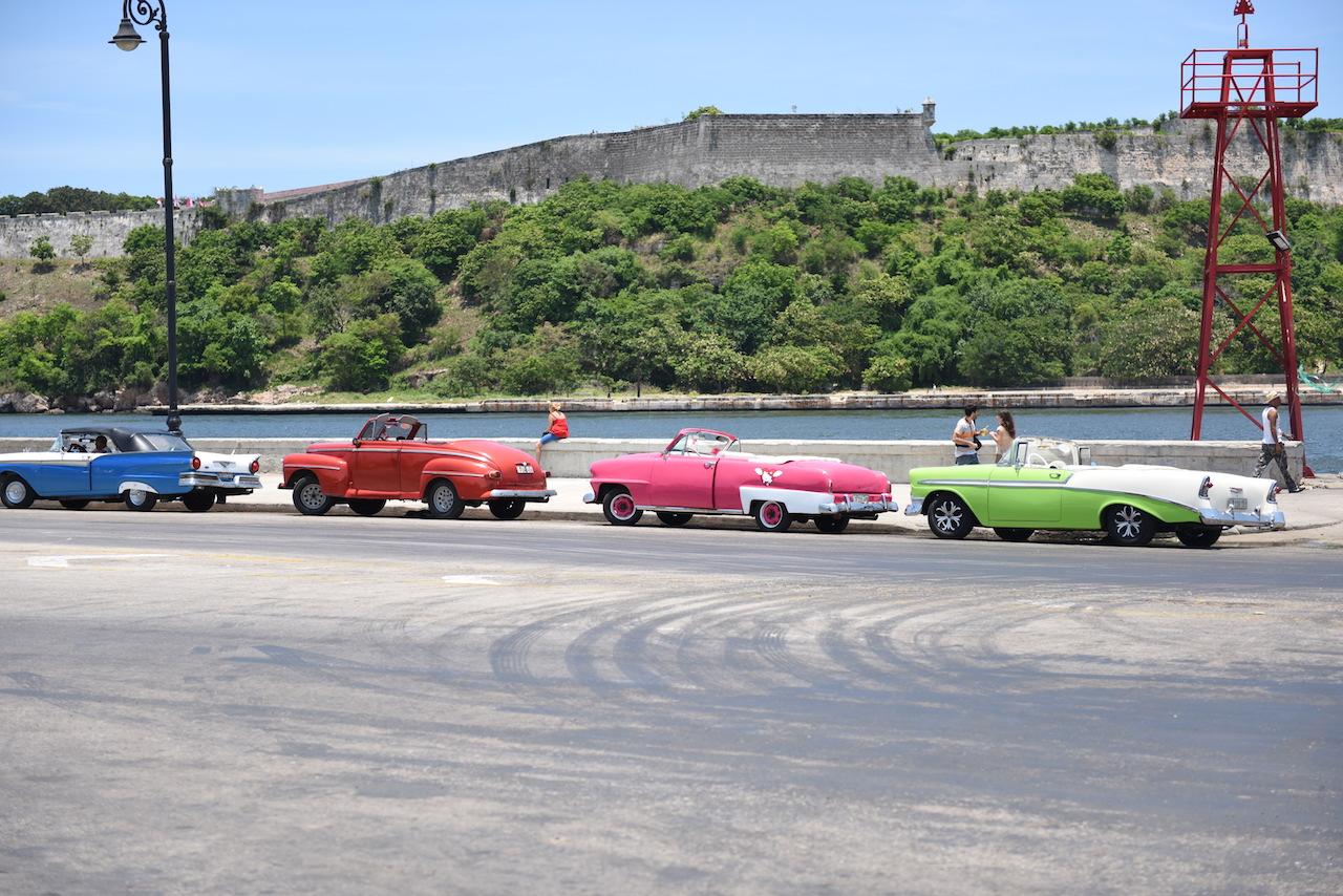 hawana i kolorowe auta