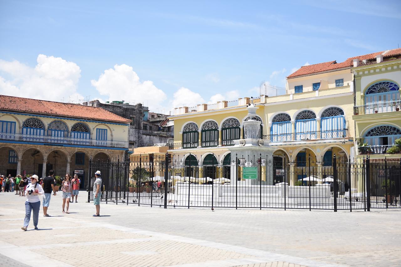 hawana old square
