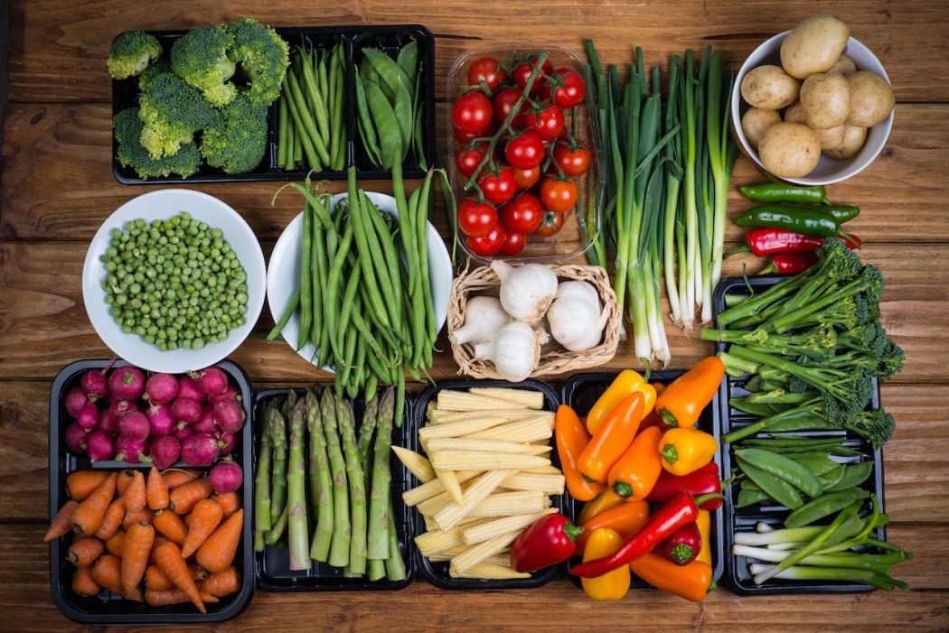 zdrowe-jedzenie-1050x701