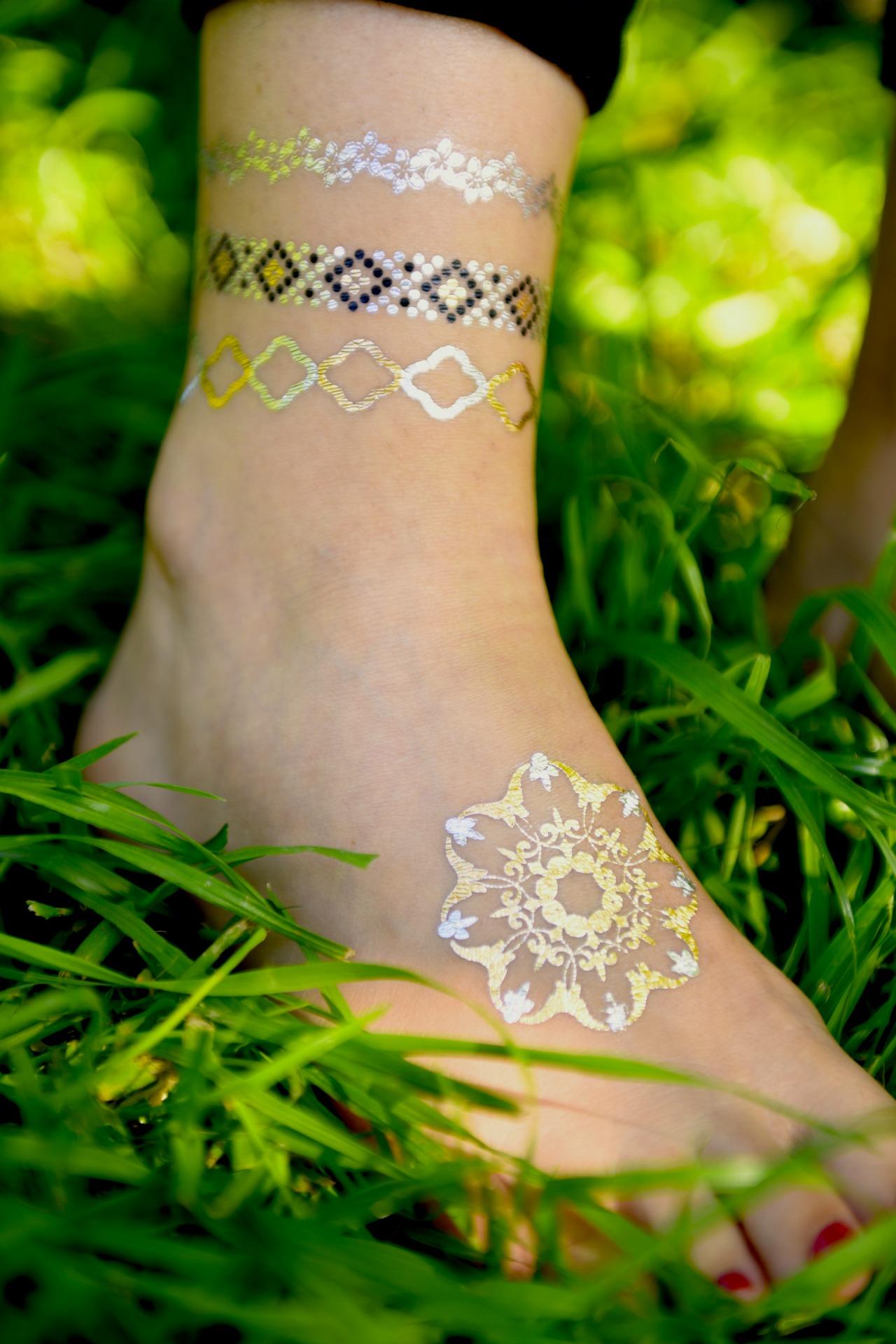 tatuaże metaliczne