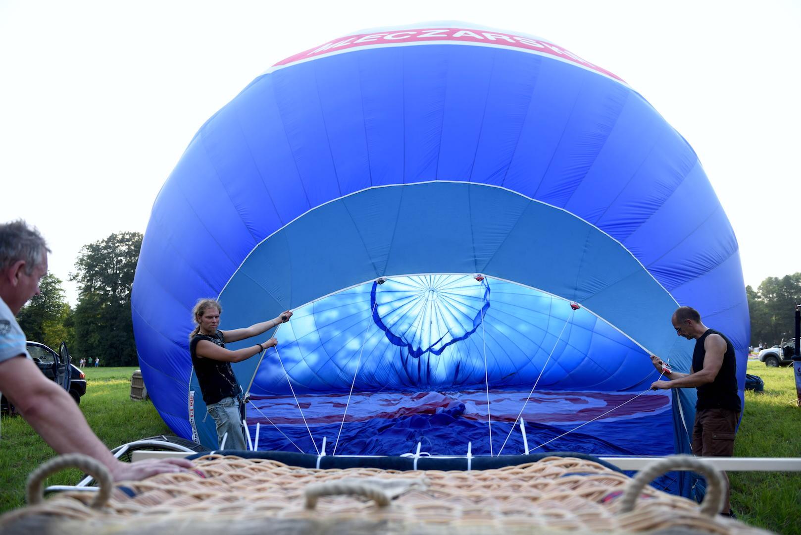 dmuchanie balona