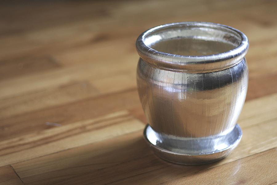 srebrna doniczka 4