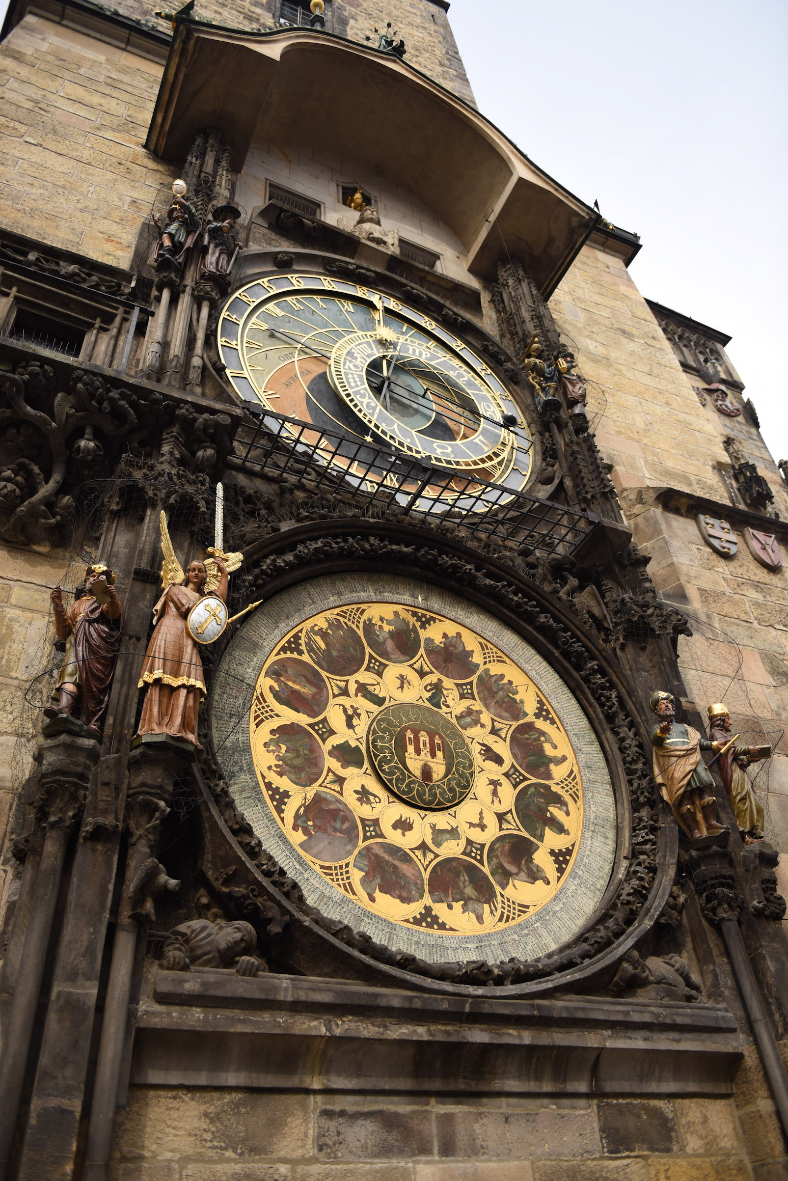 średniowieczny zegar astronomiczny