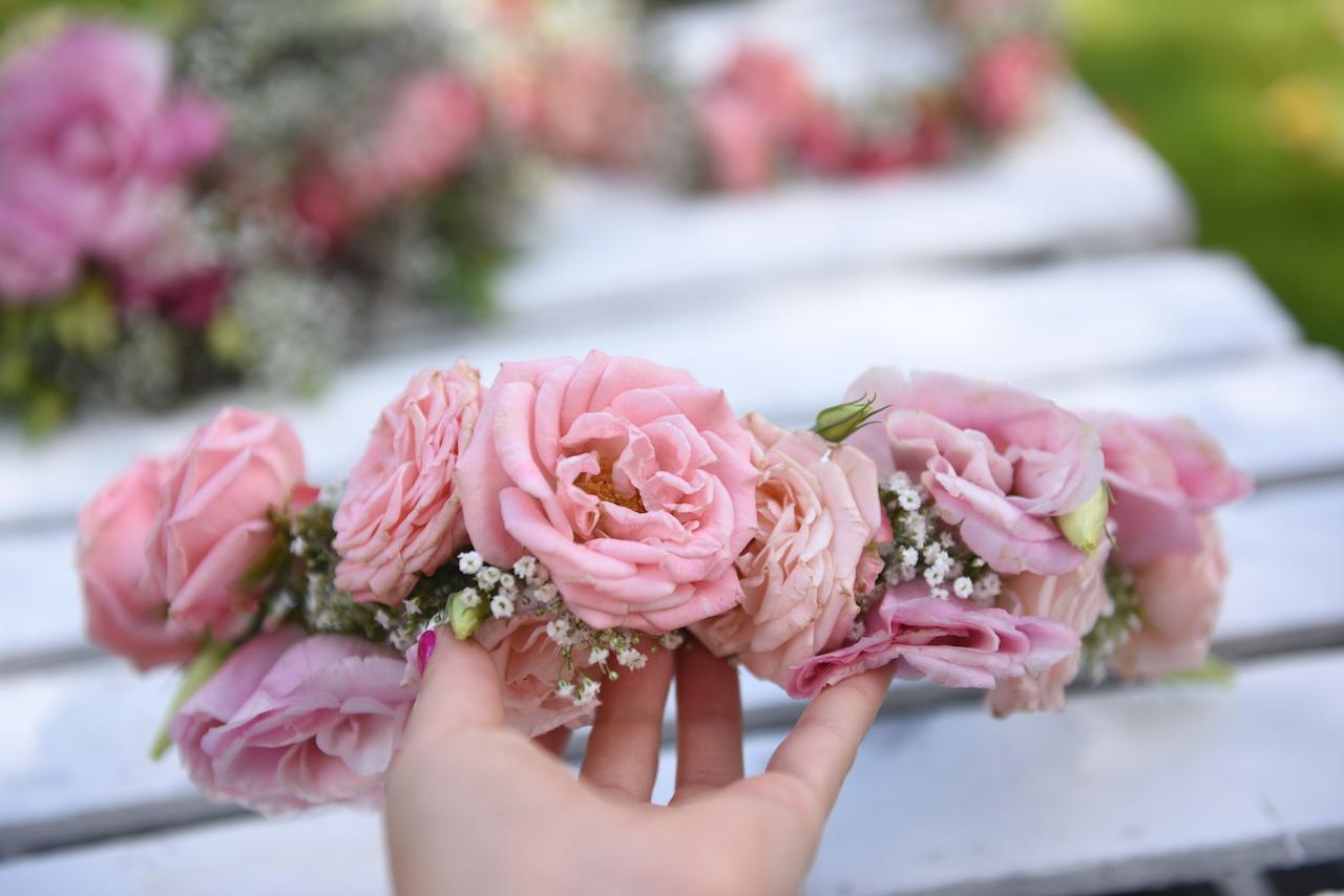 wianek róże