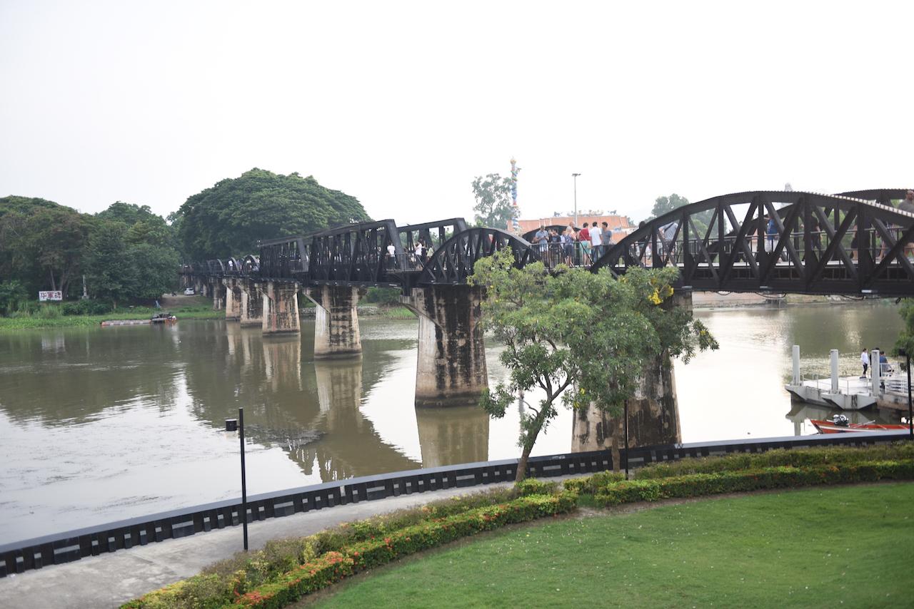 most-na-rzece
