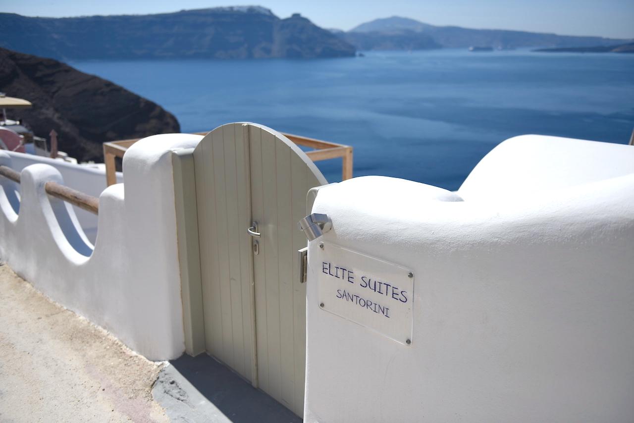 photos of elite suites santorini
