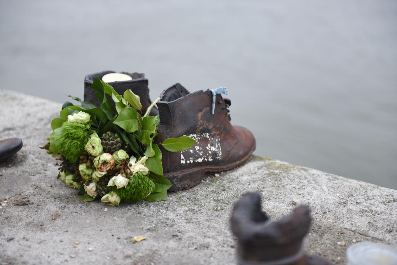 buty budapeszt pomnik holocaustu