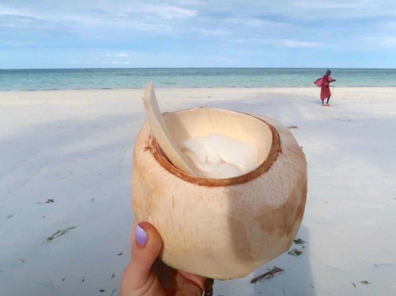 Woda kokosowa, najlepszy izotonik i elektrolit